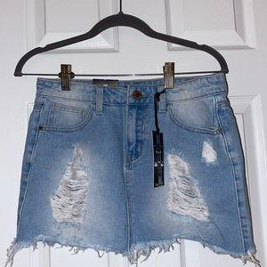 Women's Medium 8th of LA Distressed Jean Skirt